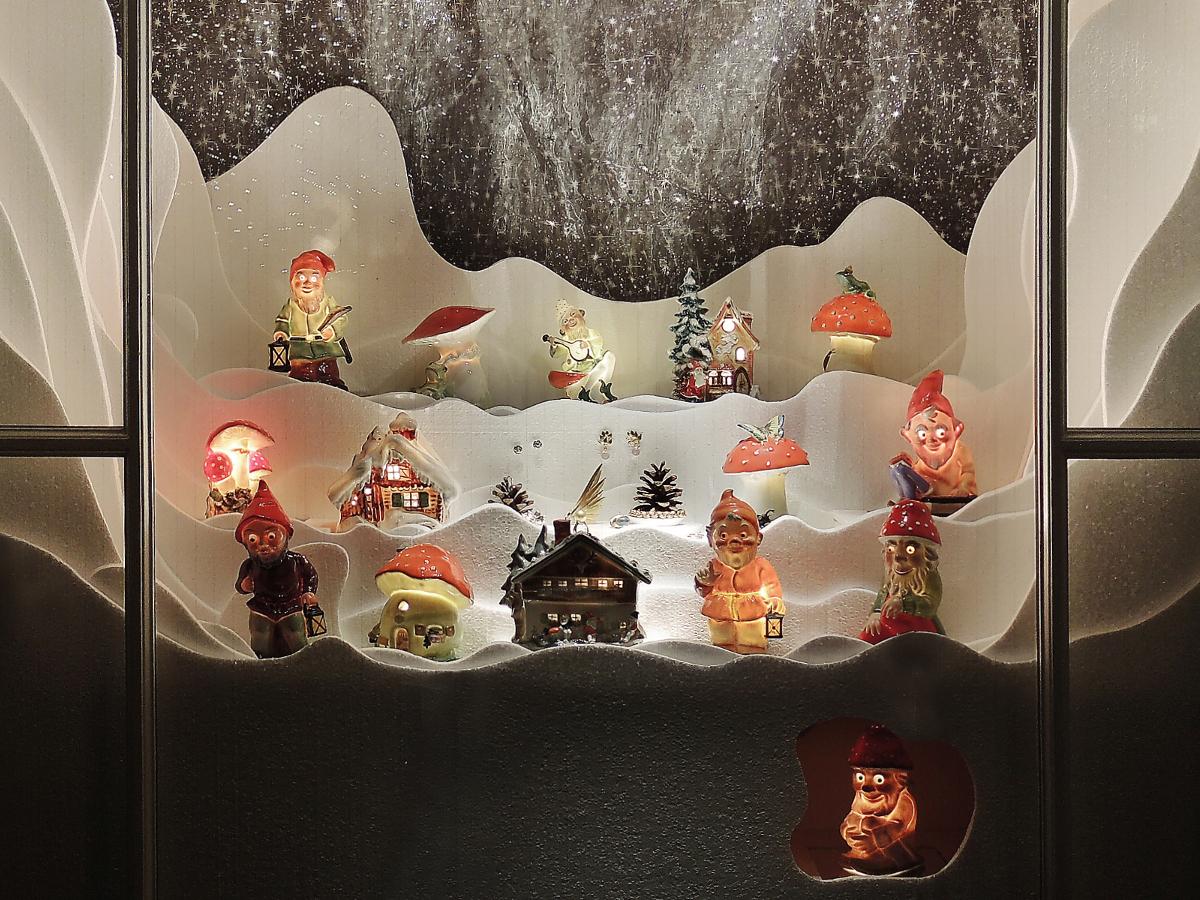 Schaufenster von Krähenmann Jeweler: Winterwunderland. Foto: Peps Dändliker
